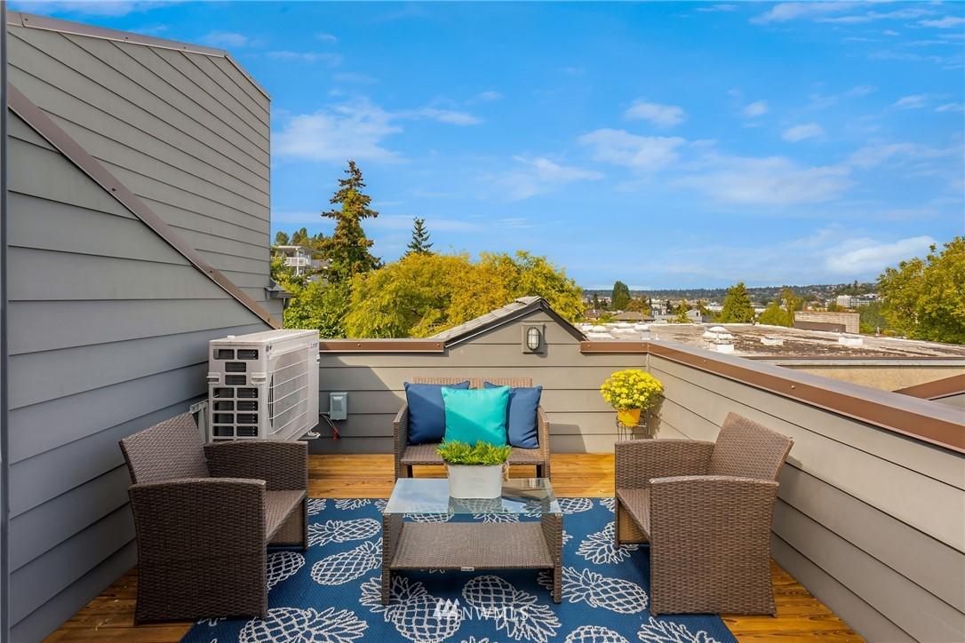 Sold Property | 2605 22nd Avenue W #B Seattle, WA 98199 21