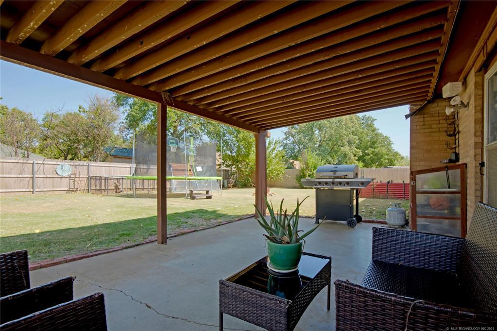 Off Market   7009 E 48th Place Tulsa, Oklahoma 74145 43