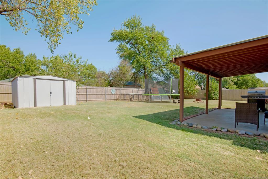 Off Market   7009 E 48th Place Tulsa, Oklahoma 74145 47