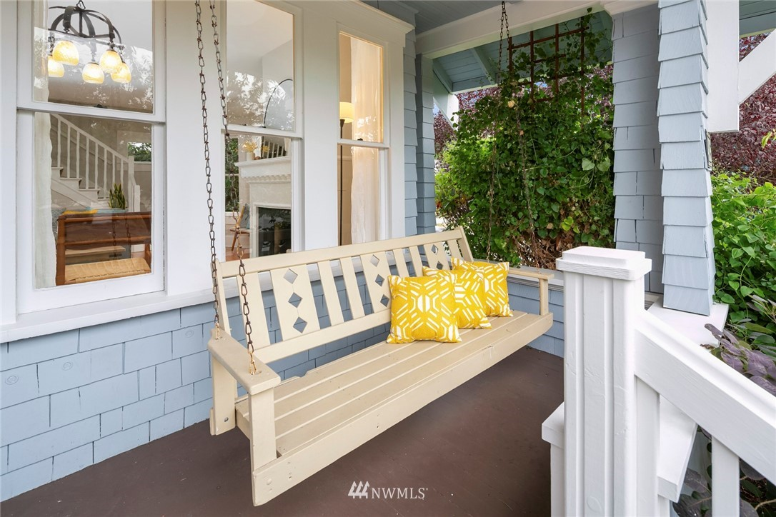 Sold Property | 4825 SW Dawson Street Seattle, WA 98136 2