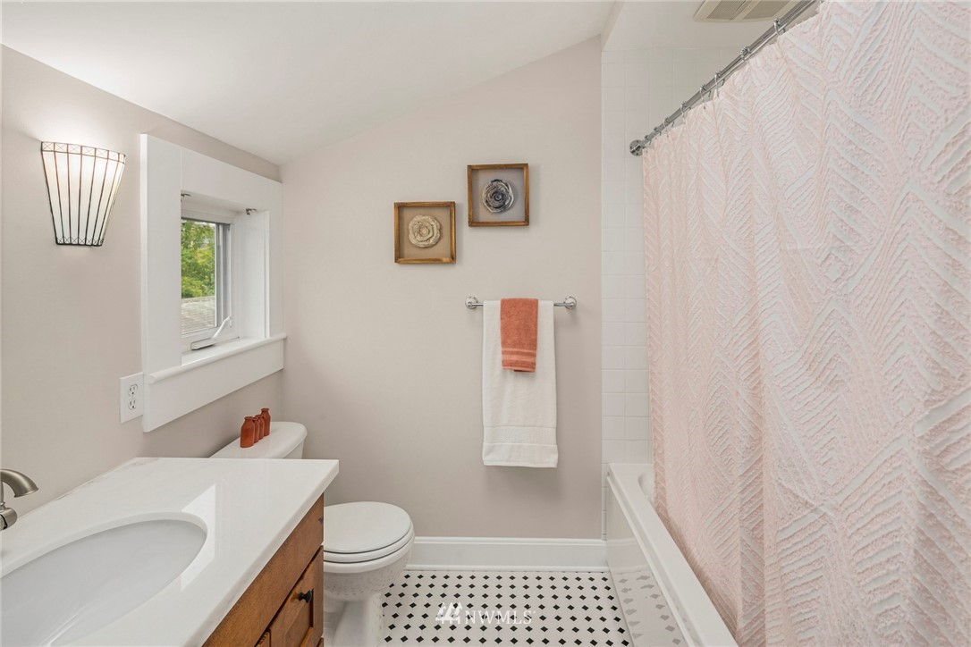 Sold Property | 4825 SW Dawson Street Seattle, WA 98136 20