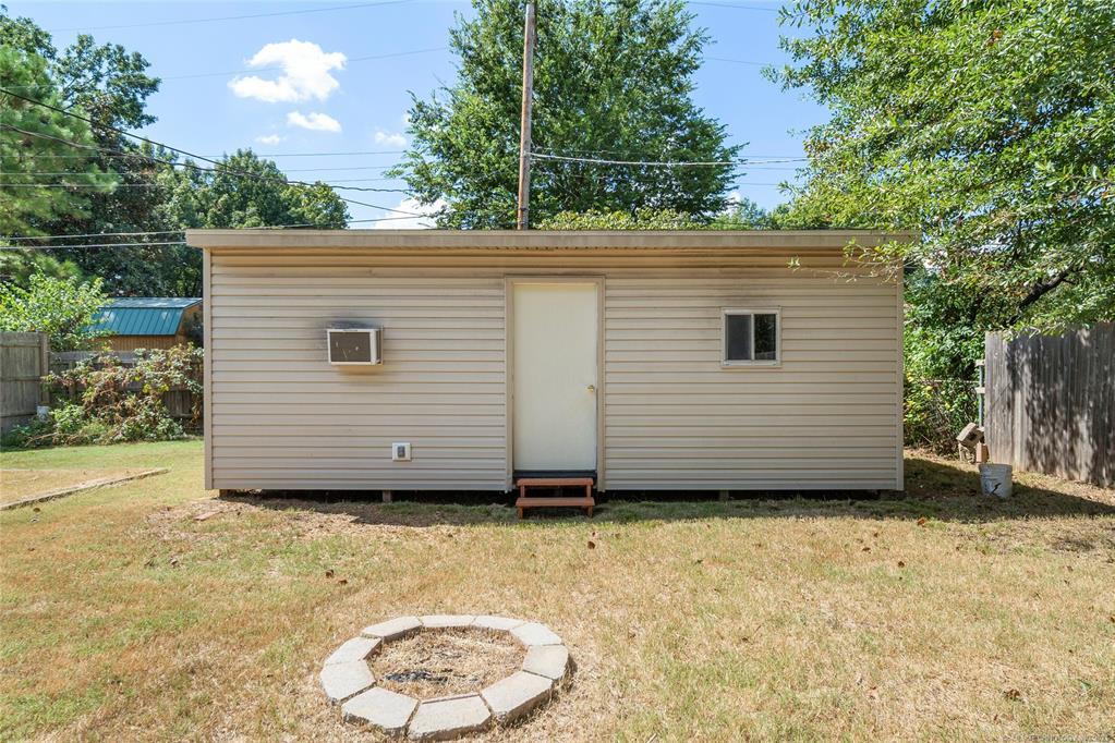 Off Market   2662 S Toledo Avenue Tulsa, Oklahoma 74114 32