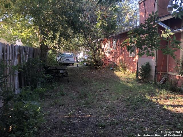 Pending   1123 BRIGHTON San Antonio, TX 78211 16