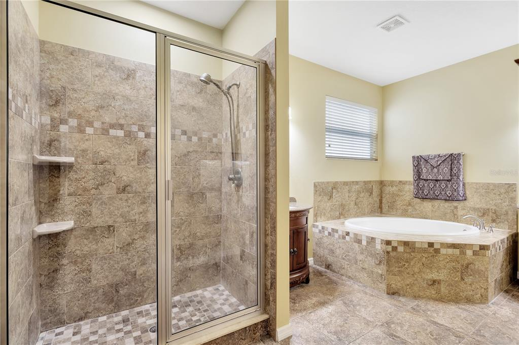 Pending   12211 SWAYING MOSS CIRCLE RIVERVIEW, FL 33569 25