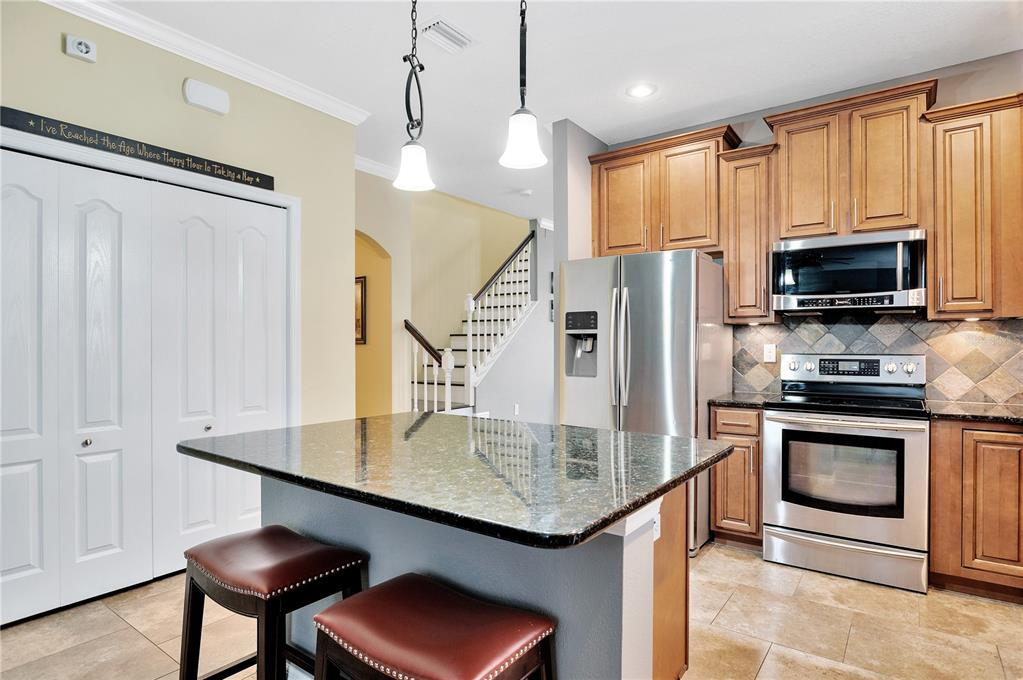 Pending   12211 SWAYING MOSS CIRCLE RIVERVIEW, FL 33569 40