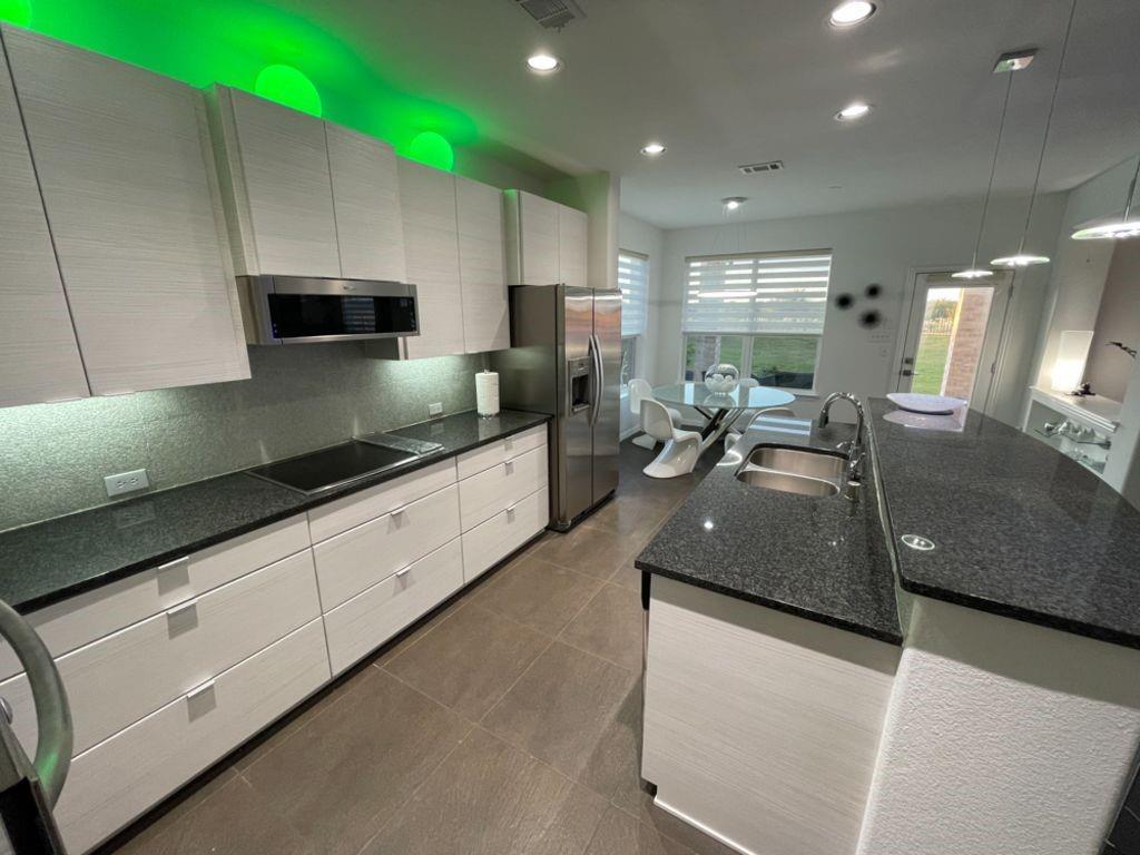 Sold Property   2249 Hideaway Pointe Drive Little Elm, Texas 75068 10