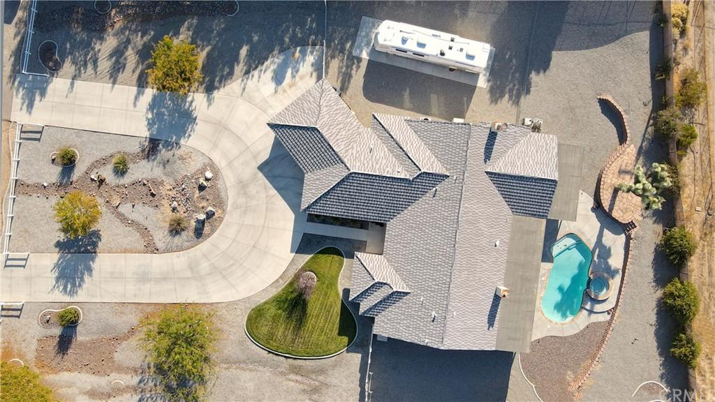 ActiveUnderContract | 19131 Yanan Road Apple Valley, CA 92307 30