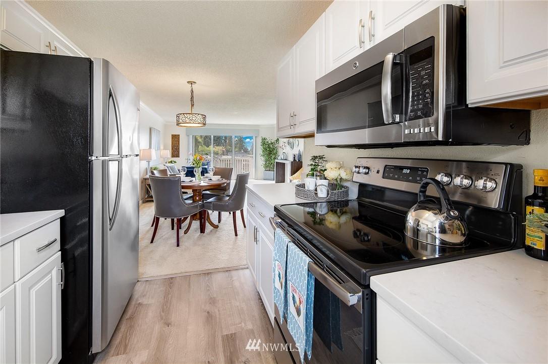 Sold Property | 630 5th Avenue S #105 Edmonds, WA 98020 6