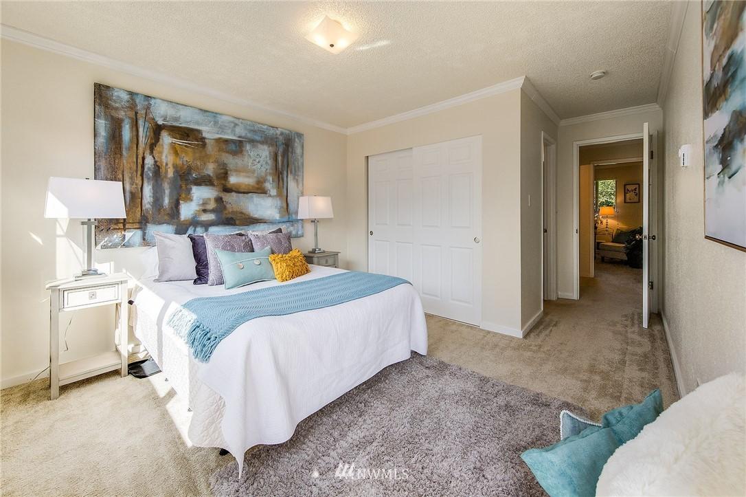 Sold Property | 630 5th Avenue S #105 Edmonds, WA 98020 10