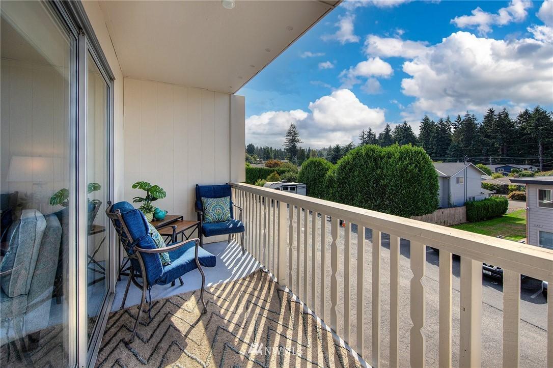 Sold Property | 630 5th Avenue S #105 Edmonds, WA 98020 15
