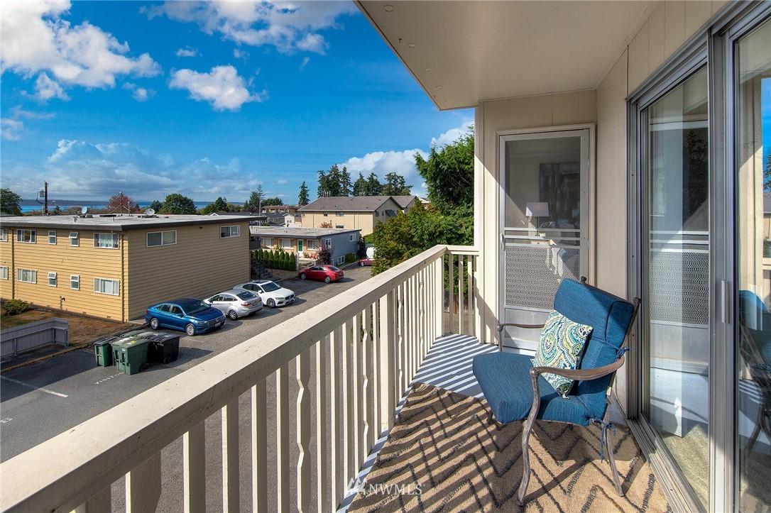 Sold Property | 630 5th Avenue S #105 Edmonds, WA 98020 16