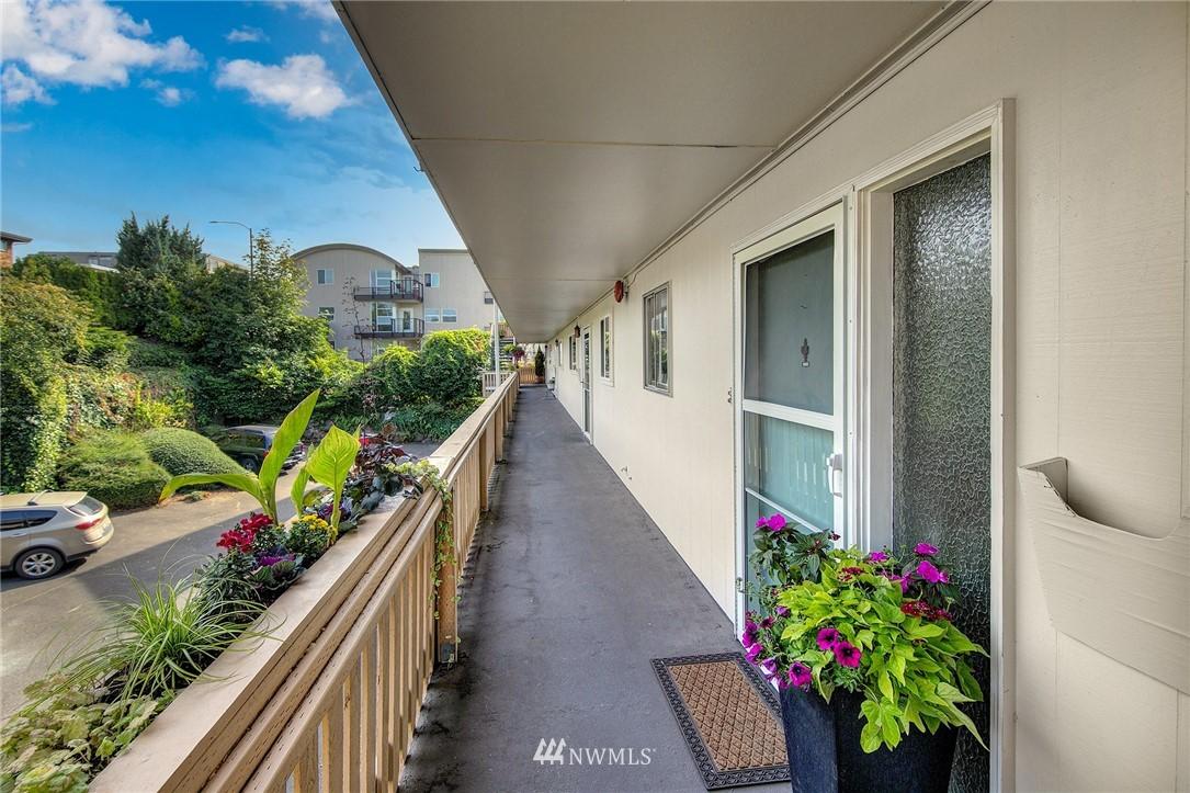 Sold Property | 630 5th Avenue S #105 Edmonds, WA 98020 17