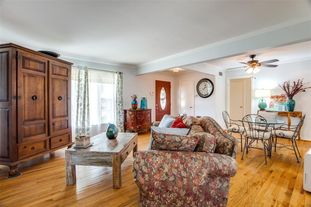 Sold Property | 6210 Sudbury Drive Dallas, Texas 75214 2