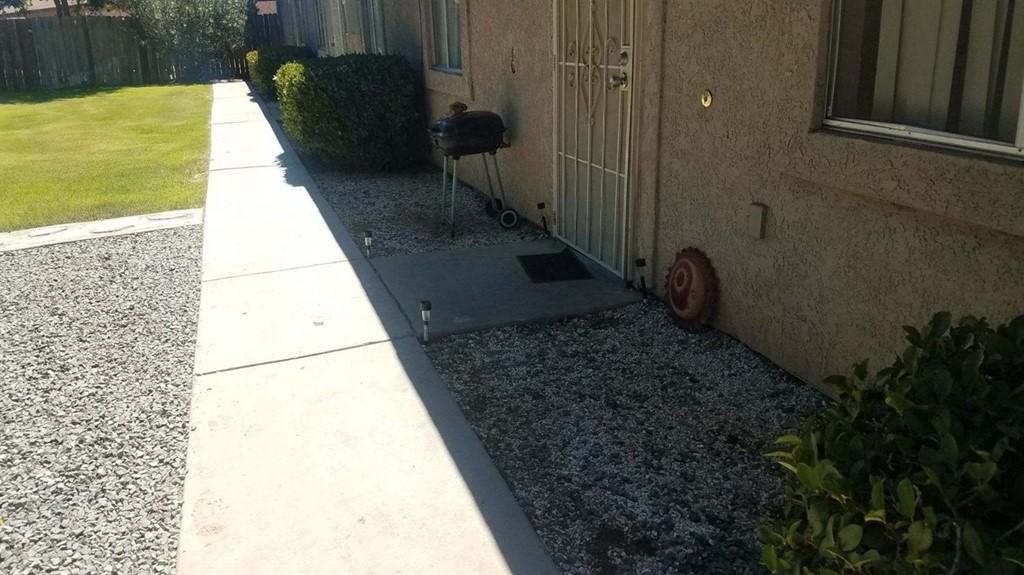Pending   15360 Broken Bow Road Apple Valley, CA 92307 10