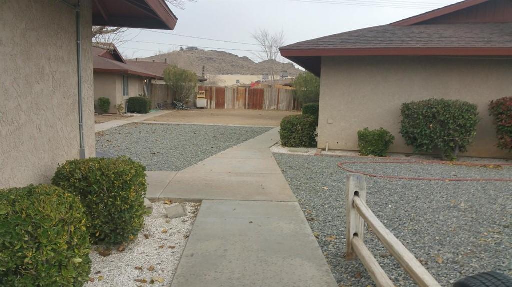 Pending   15360 Broken Bow Road Apple Valley, CA 92307 0