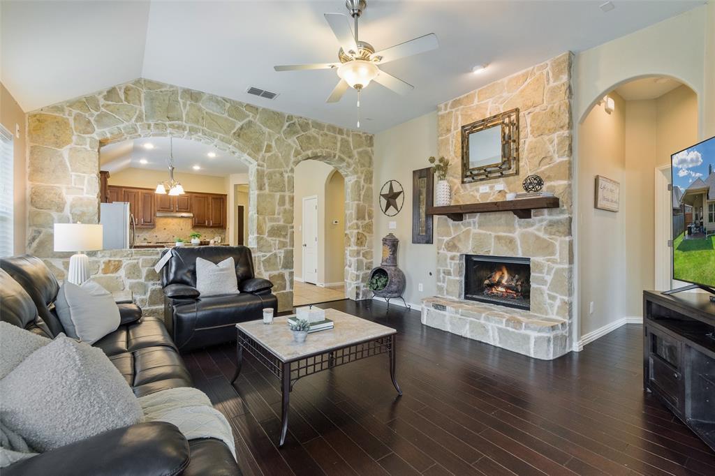 Sold Property | 2209 Gregory Creek Drive Little Elm, Texas 75068 8
