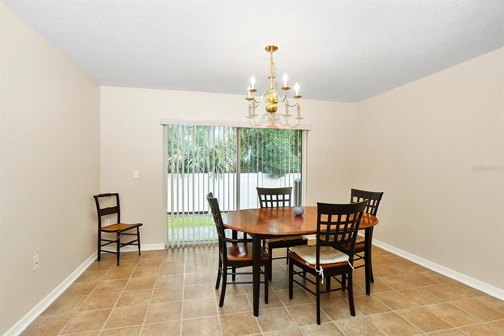 Pending | 6908 MARBLE FAWN PLACE RIVERVIEW, FL 33578 10