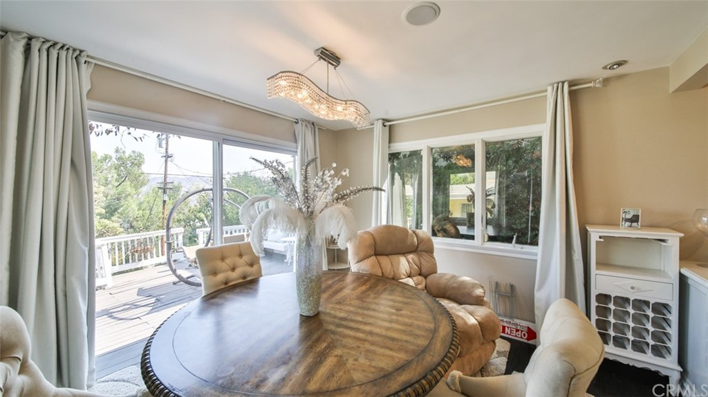 ActiveUnderContract | 7342 Pacific View Dr Los Angeles, CA 90068 25