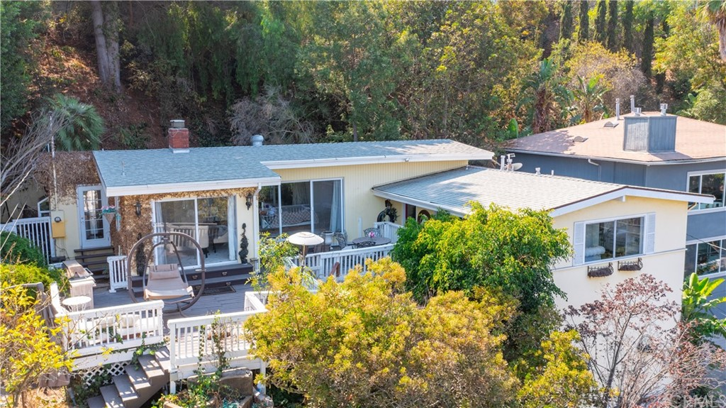 ActiveUnderContract | 7342 Pacific View Dr Los Angeles, CA 90068 12