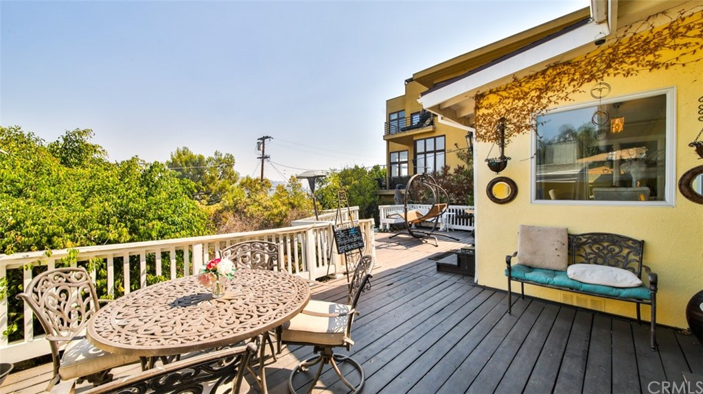 ActiveUnderContract | 7342 Pacific View Dr Los Angeles, CA 90068 59