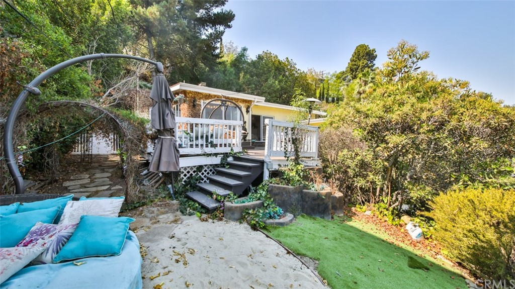 ActiveUnderContract | 7342 Pacific View Dr Los Angeles, CA 90068 67