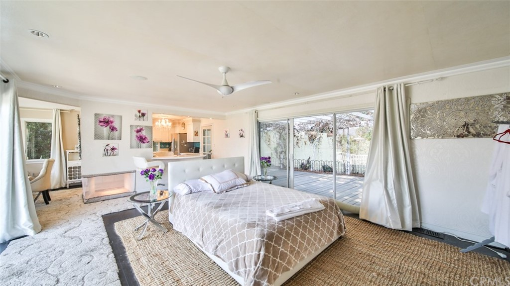 ActiveUnderContract | 7342 Pacific View Dr Los Angeles, CA 90068 30