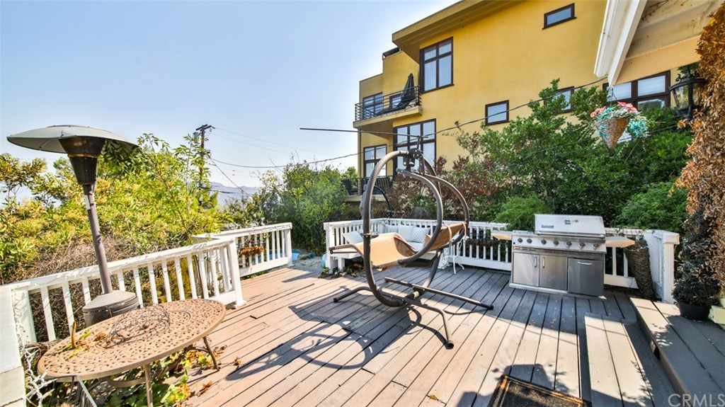 ActiveUnderContract | 7342 Pacific View Dr Los Angeles, CA 90068 62