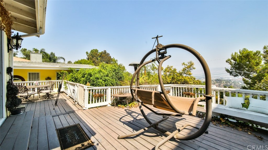 ActiveUnderContract | 7342 Pacific View Dr Los Angeles, CA 90068 63