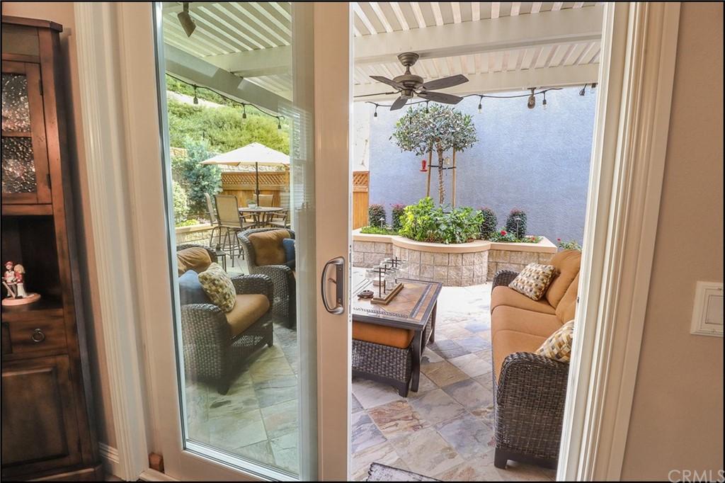 ActiveUnderContract | 10 Baneberry Aliso Viejo, CA 92656 8