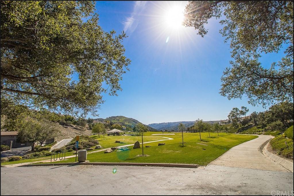 ActiveUnderContract | 10 Baneberry Aliso Viejo, CA 92656 49