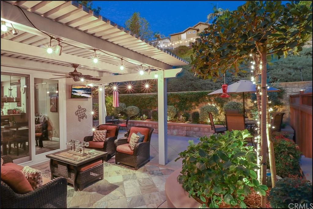 ActiveUnderContract | 10 Baneberry Aliso Viejo, CA 92656 2