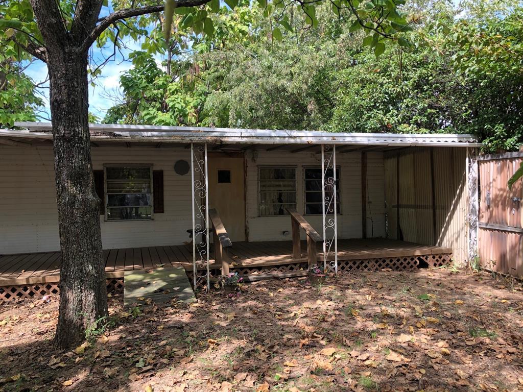 Active   205 E Park Street Little Elm, Texas 75068 3