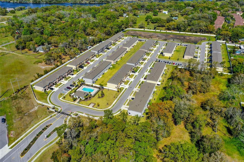 Pending   10427 RIVERCREST DRIVE RIVERVIEW, FL 33578 27