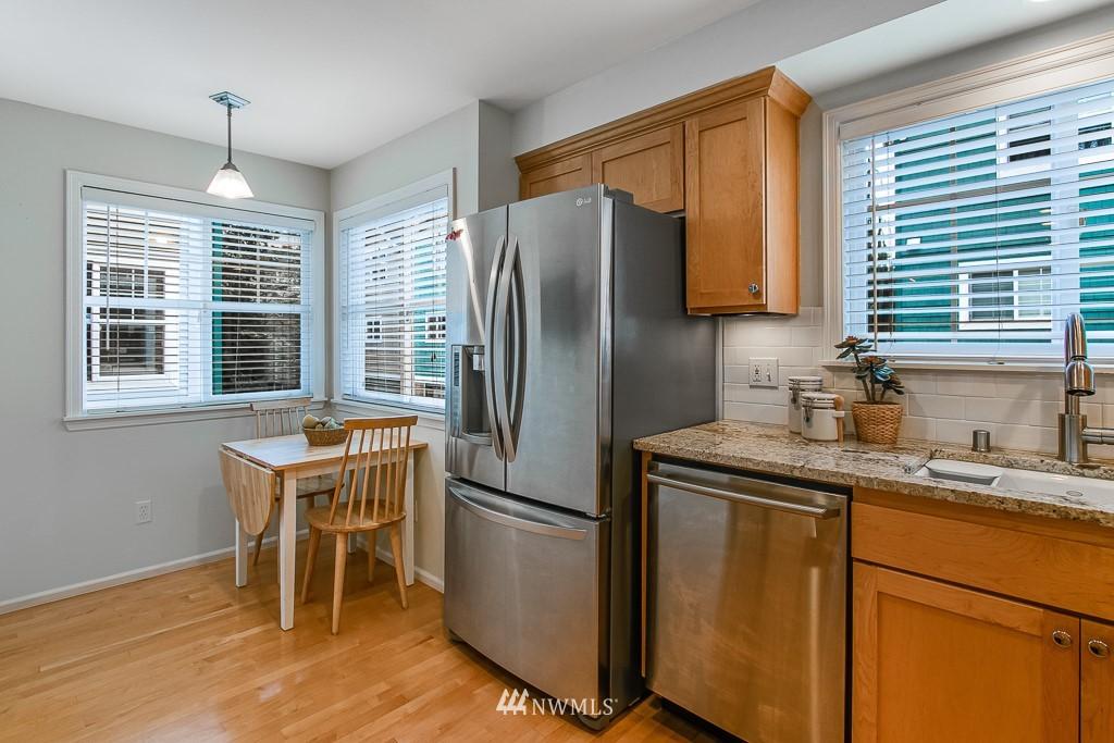 Sold Property | 12524 26th Avenue NE #A Seattle, WA 98125 11