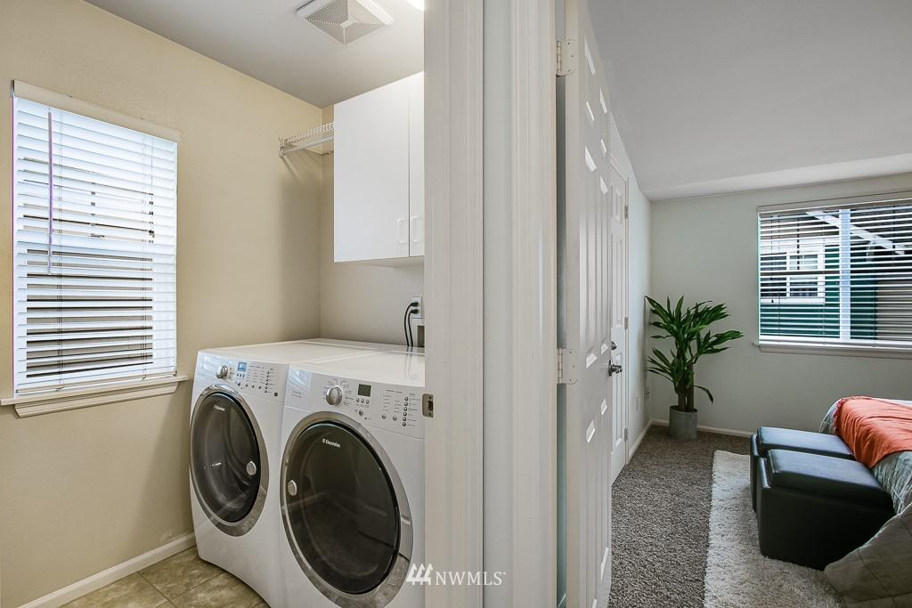 Sold Property | 12524 26th Avenue NE #A Seattle, WA 98125 20