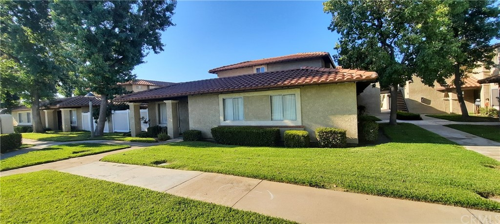 Pending | 12635 Franklin Court #5A Chino, CA 91710 0