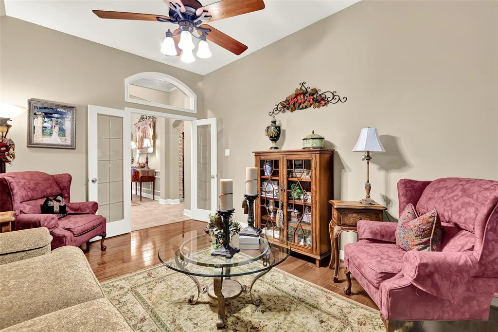 Pending   59 Columbia Crest Place Conroe, Texas 77382 14