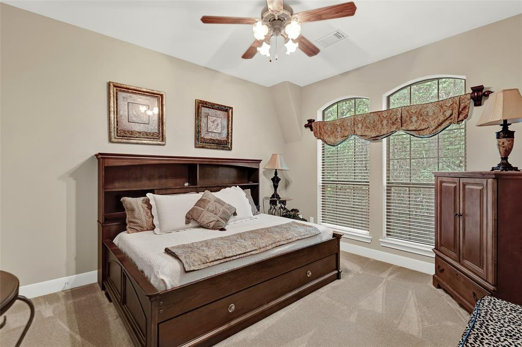 Pending   59 Columbia Crest Place Conroe, Texas 77382 37