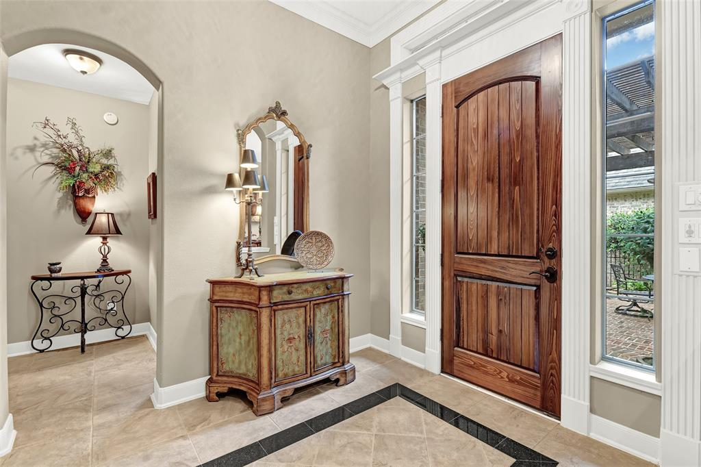 Pending   59 Columbia Crest Place Conroe, Texas 77382 6