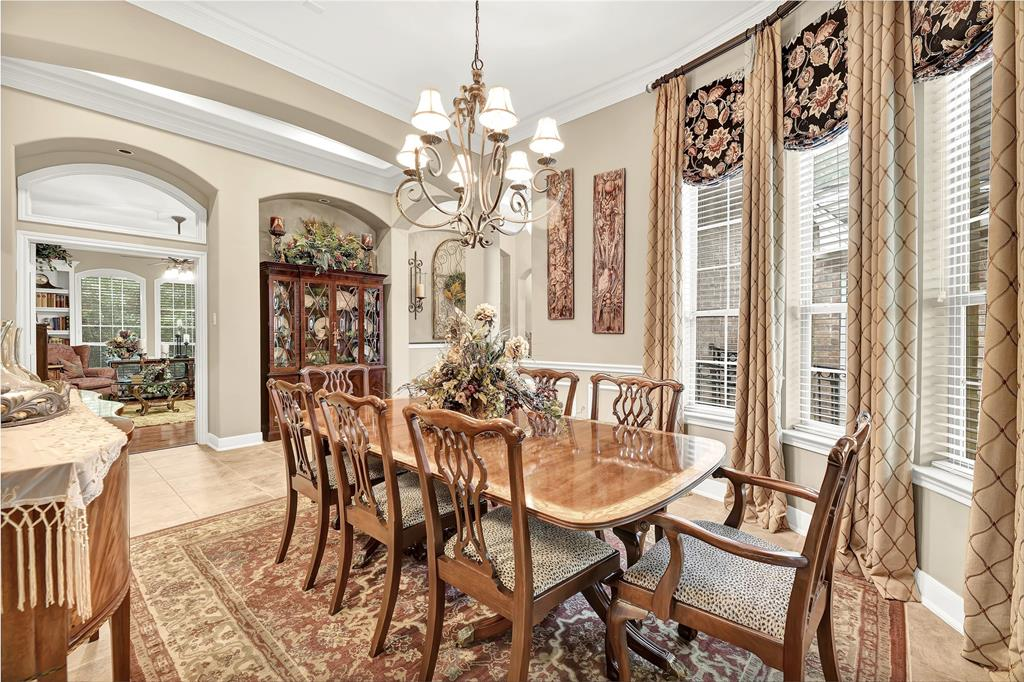 Pending   59 Columbia Crest Place Conroe, Texas 77382 9