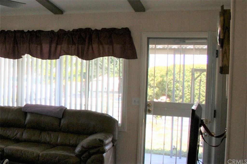 ActiveUnderContract   9520 Dale Mesa Drive Calimesa, CA 92320 3
