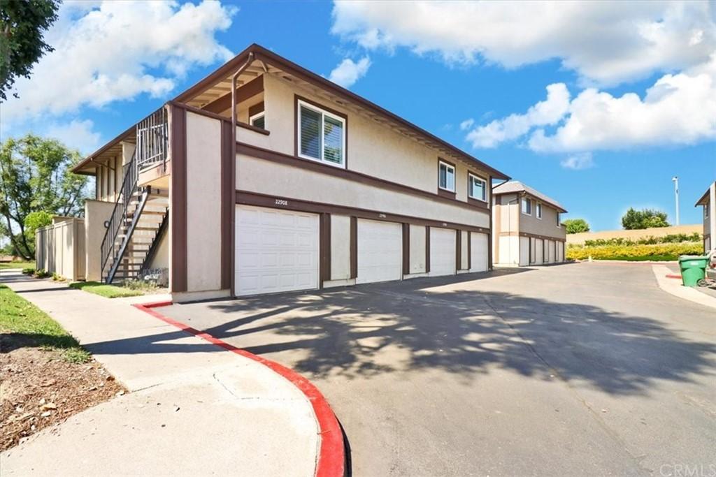 ActiveUnderContract | 22908 Via Nuez #44 Mission Viejo, CA 92691 14