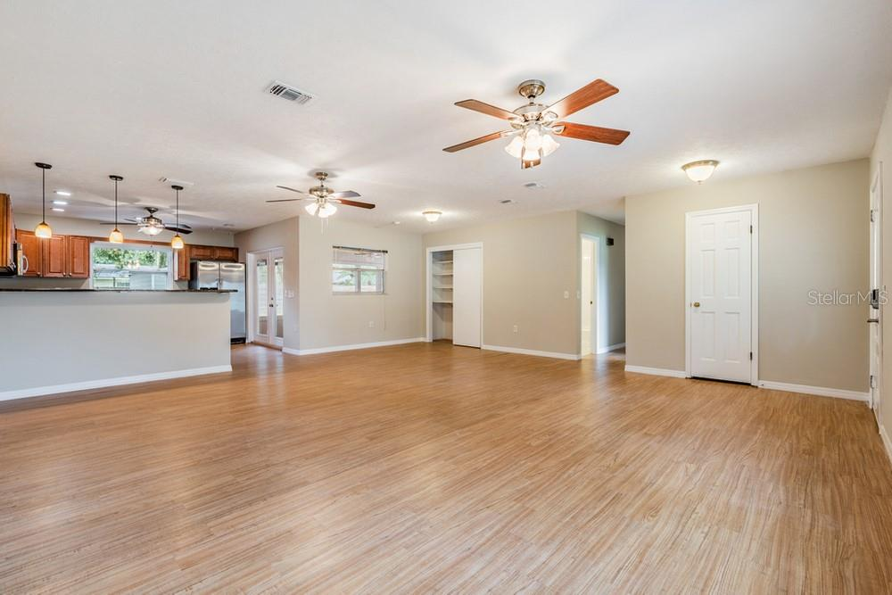 Pending | 7402 CAPITANO STREET RIVERVIEW, FL 33578 12
