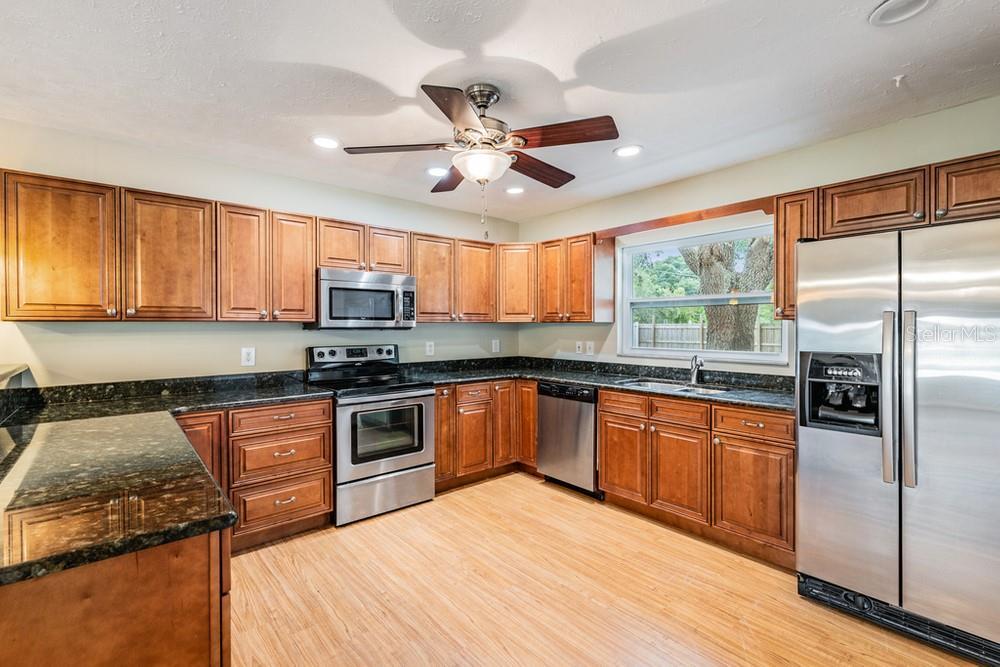 Pending | 7402 CAPITANO STREET RIVERVIEW, FL 33578 20