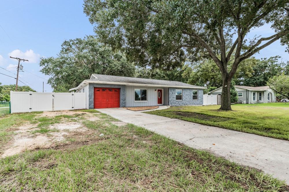 Pending | 7402 CAPITANO STREET RIVERVIEW, FL 33578 2