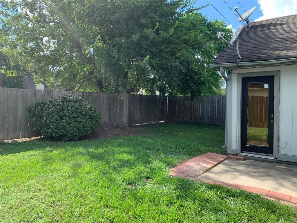 Active | 11339 Walnut Meadow Drive Houston, Texas 77066 18