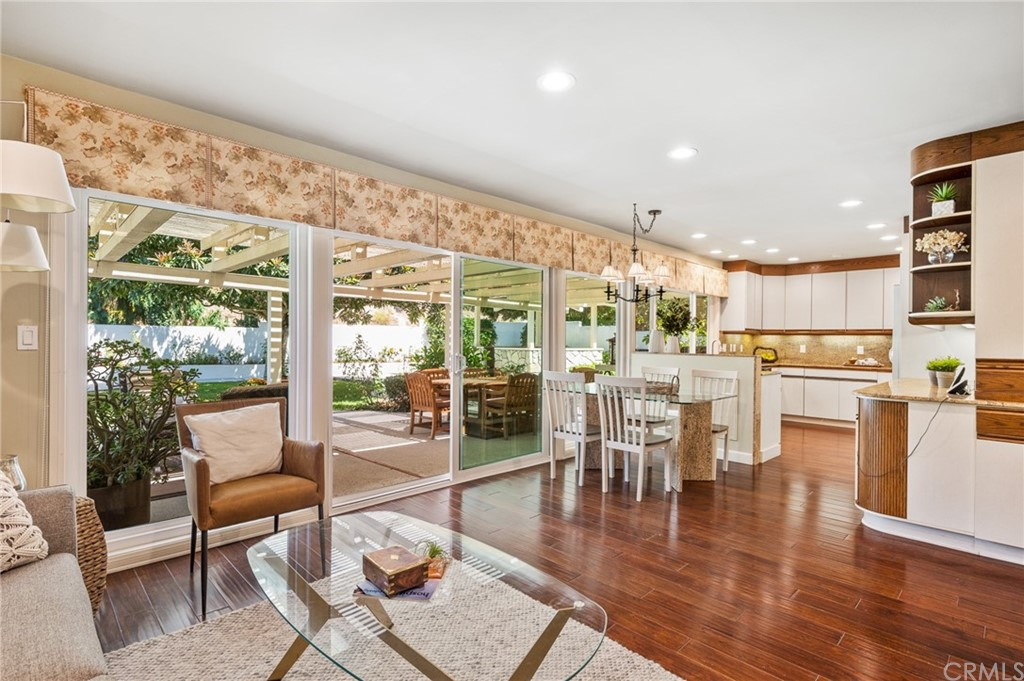 Pending   17 Country Meadow Road Rolling Hills Estates, CA 90274 33