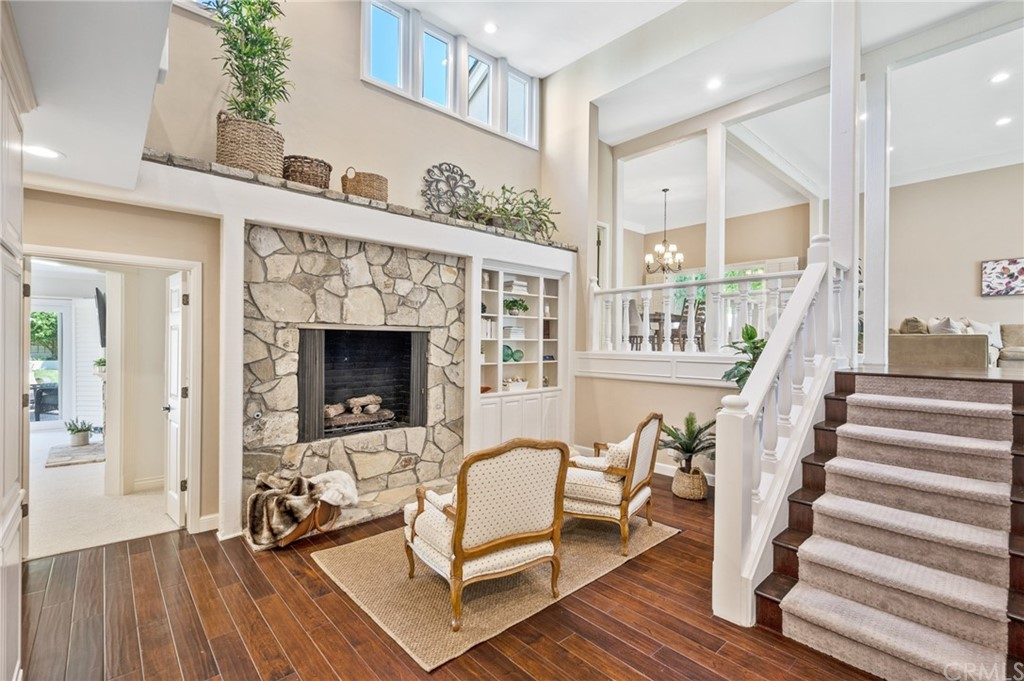 Pending   17 Country Meadow Road Rolling Hills Estates, CA 90274 18