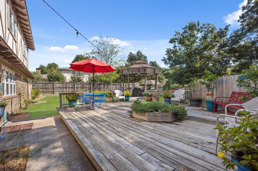 Pending   2214 Bishop Street Grand Prairie, Texas 75050 23