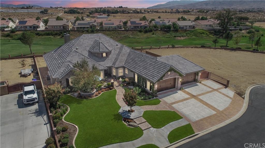 Pending | 11145 Lindsay Lane Apple Valley, CA 92308 1